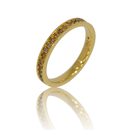 Gold ring with fancy brown pave-set diamonds