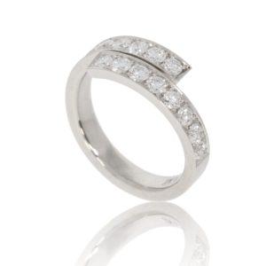 Platinum wrap ring with 16 pave-set diamonds