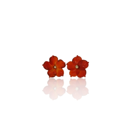 Carnelian flower stud earrings in 18ct gold