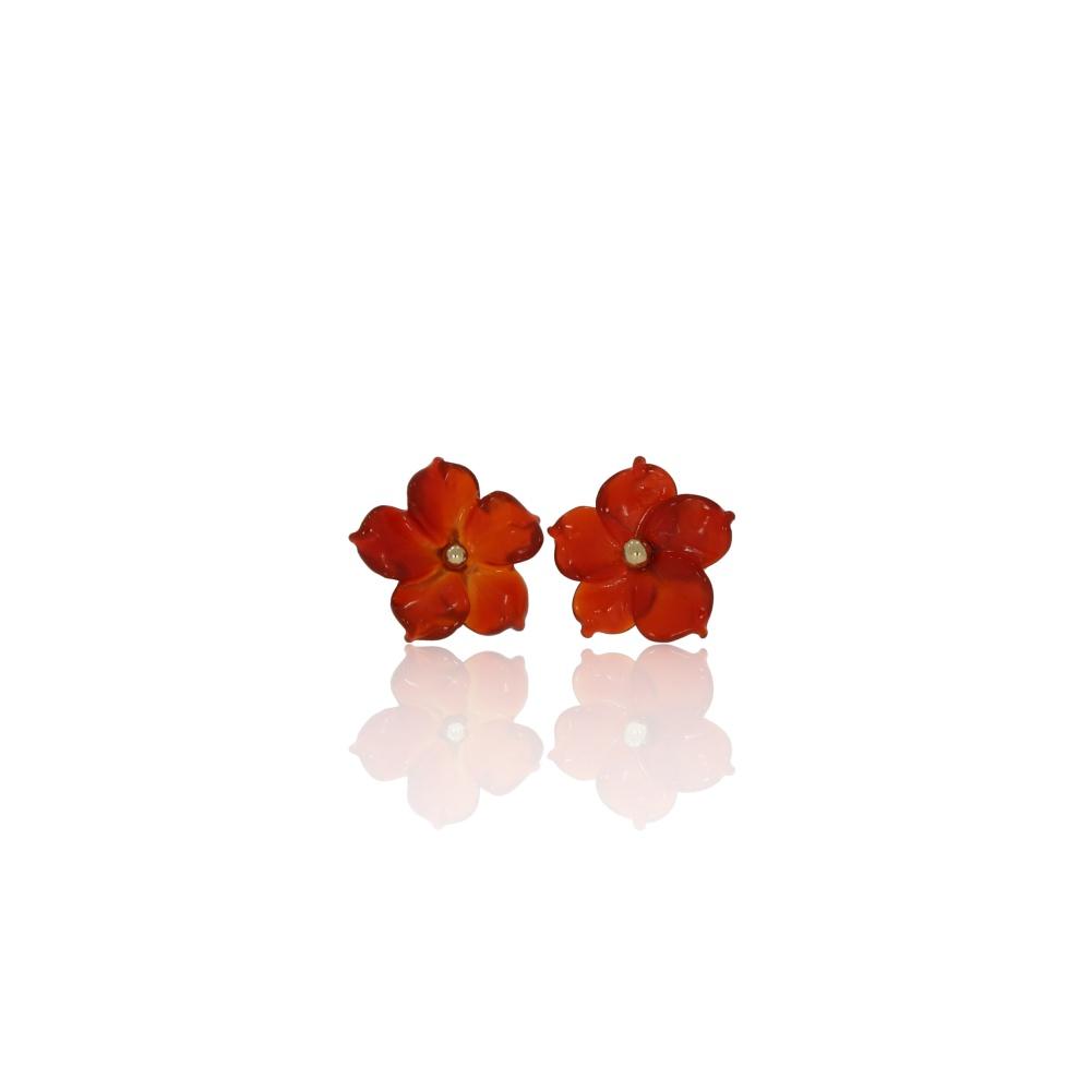 Carnelian flower stud earrings in 18ct gold